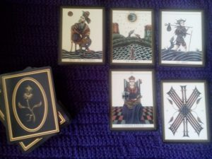 Le Tarot Noir, King of Pentacles, Moon, Fool, Empress, Ten of Swords