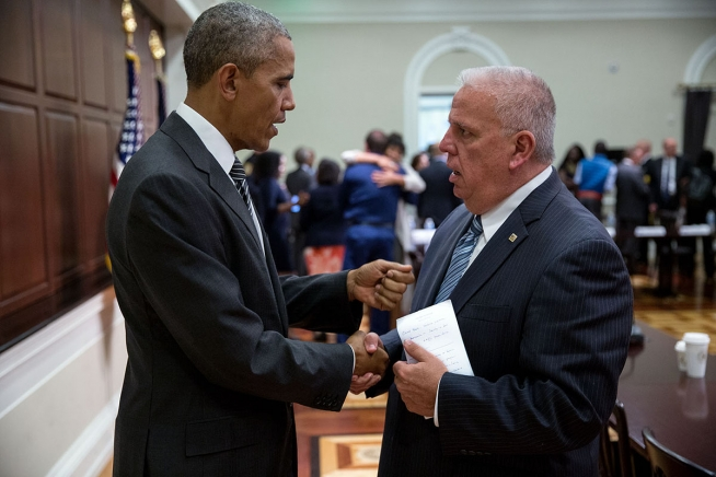 Barack Obama and the president of the National Association of Police